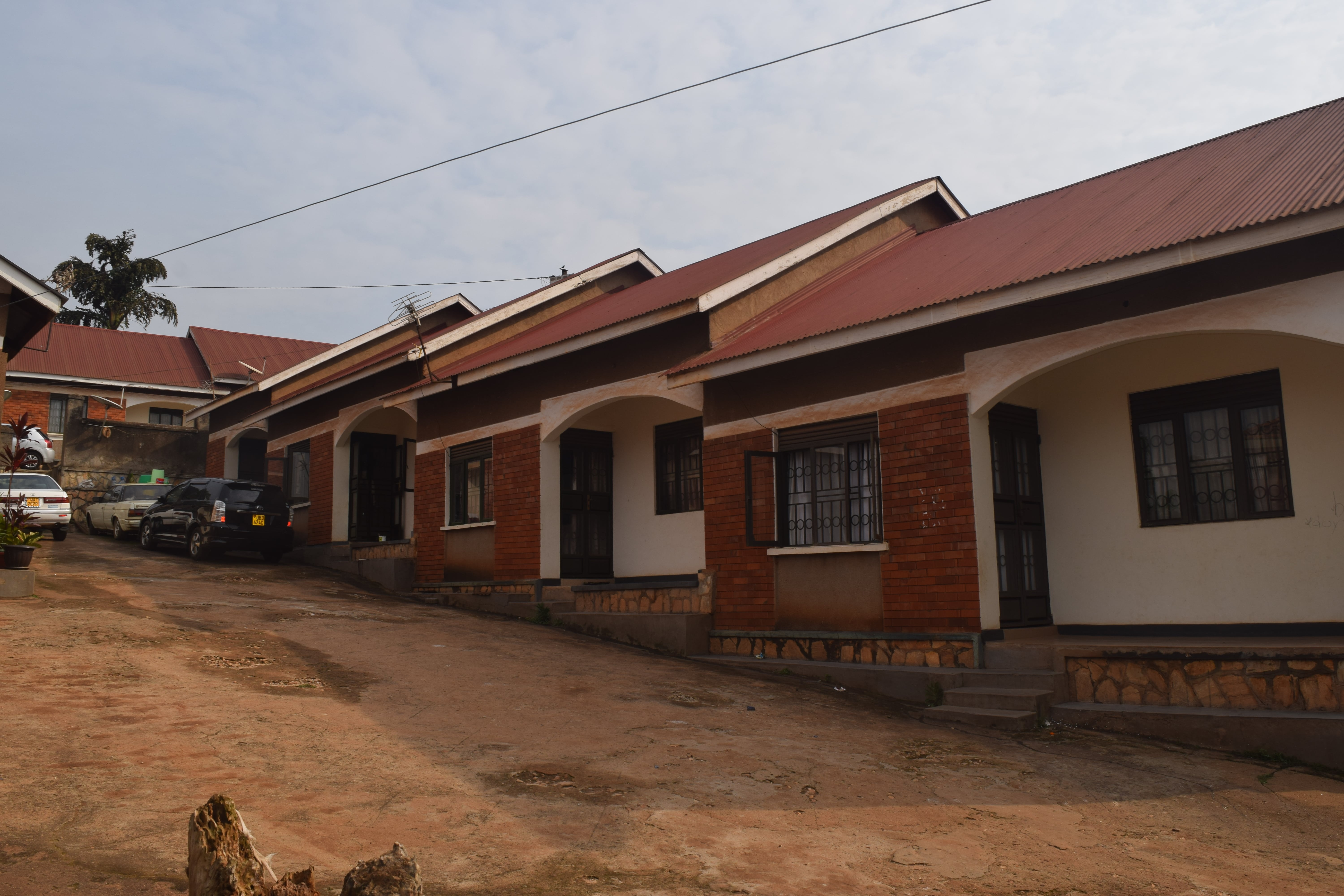 THE FIVE PLACES WHERE ACCOMMODATION IS AFFORDABLE NEAR KAMPALA.
